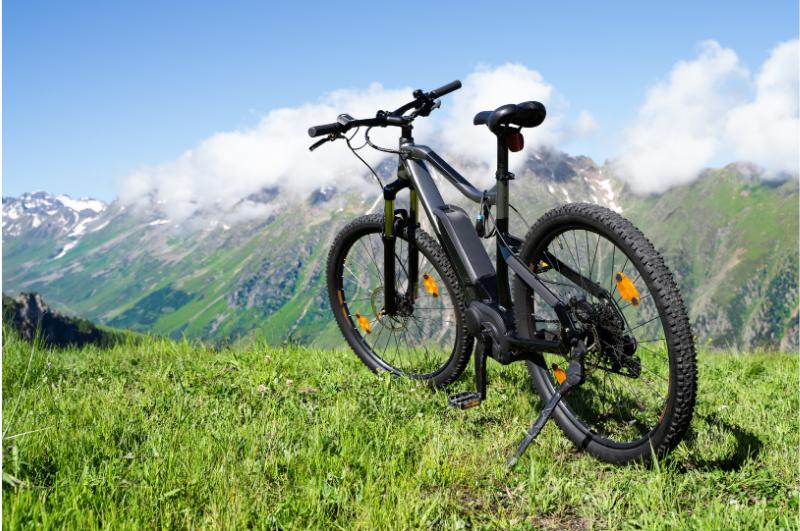 Kupite si električno kolo na obroke in uživajte pri vožnji v službo