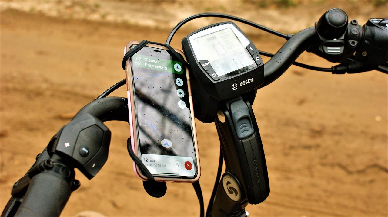 Električno kolo scott: akcija in nepozabni adrenalinski užitki na e-»jeklenem konjičku« zagotovljeni!